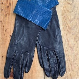 Vintage Black Leather Gloves Blue Snakeskin Lined